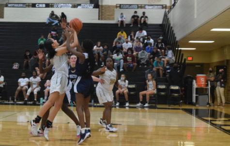 Teamwork Key to JV Girls Basketball Overcoming COVID Disruptions