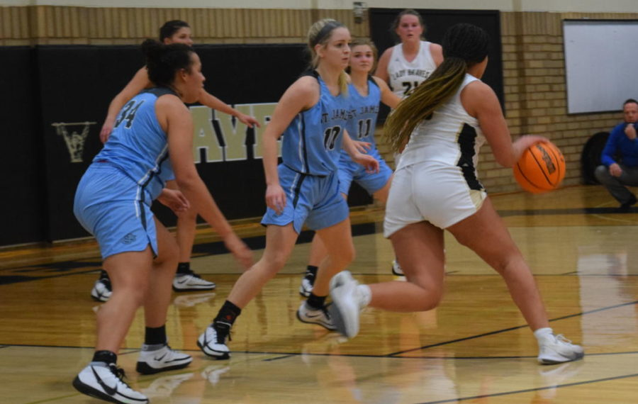 Varsity Girls Basketball Gives Its All on the Court